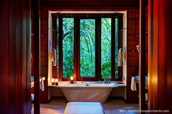 MALAISIE. ILE DE LANGKAWI. L HOTEL DATAI. Interieur d une Rain Forest Villa