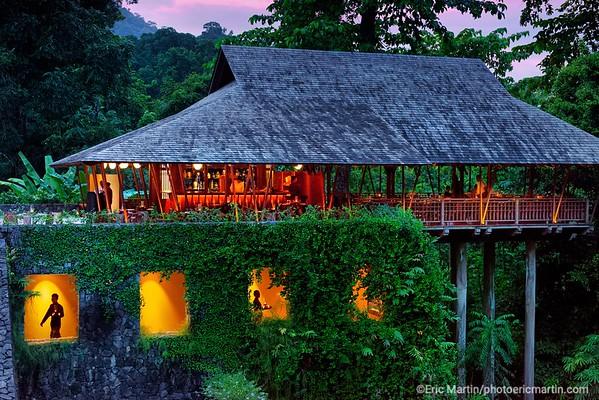 MALAISIE. ILE DE LANGKAWI. L HOTEL DATAI. RESTAURANT THE PAVILION