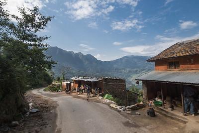 Nepali homes alongside the road