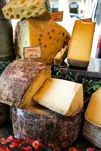 CHEESE,MARKET,FRANC (2)