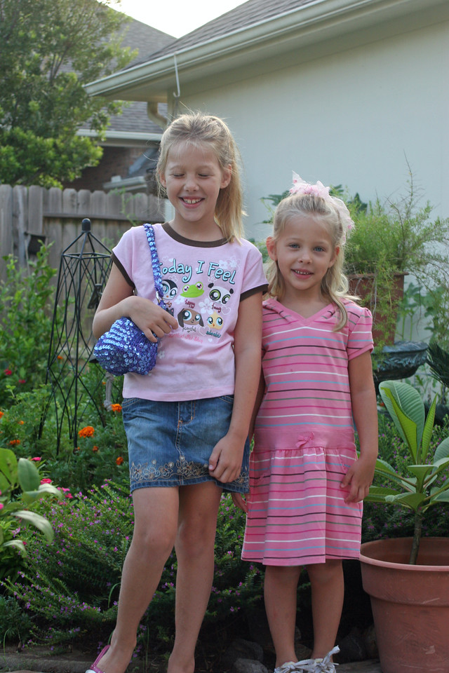first day of school Madison 3rd, Isabella Kindergarden 8-08