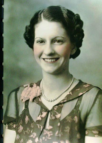 Bessie Burlie Lanie -- Taken in mid 1930's