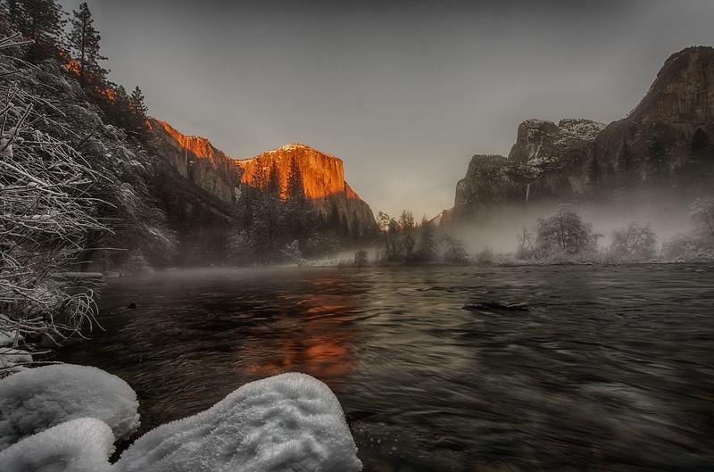Yosemite Gates of valley