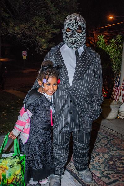Halloween_2016_Greenwood_Av_084