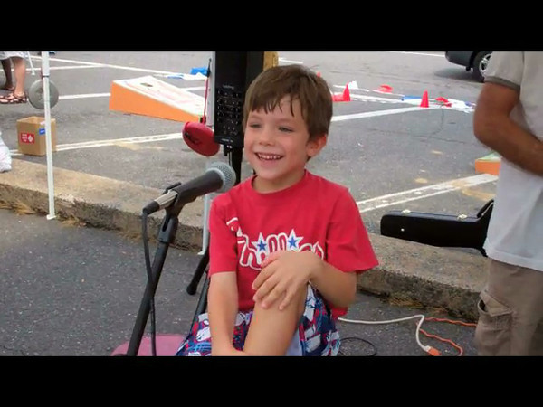 kidcentric_day_open_mic_01_jokes