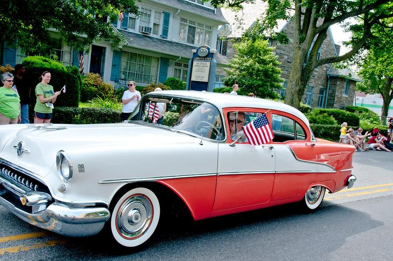 Memorial_Day_Parade_2011_18