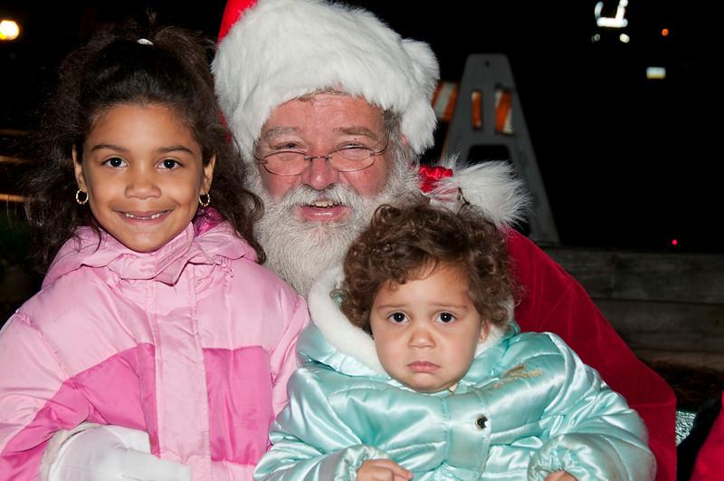 Santa_Visits_Lansdowne_34