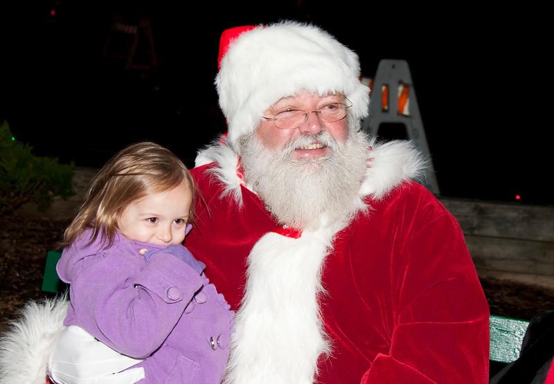 Santa_Visits_Lansdowne_43