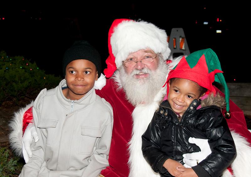 Santa_Visits_Lansdowne_23