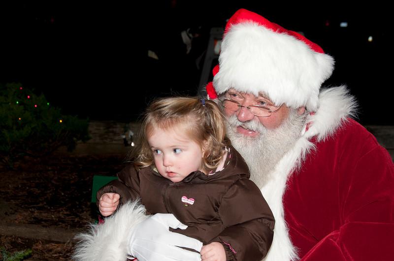 Santa_Visits_Lansdowne_22