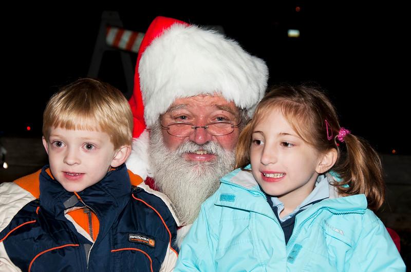 Santa_Visits_Lansdowne_32