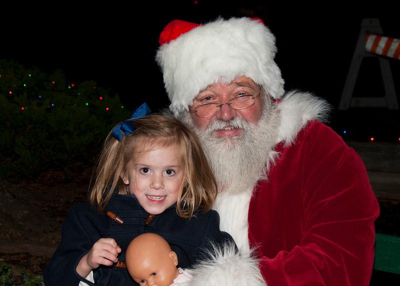 Santa_Visits_Lansdowne_52