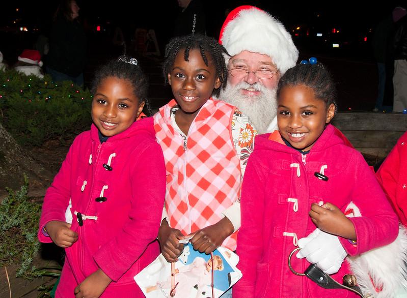 Santa Visits Lansdowne 2011