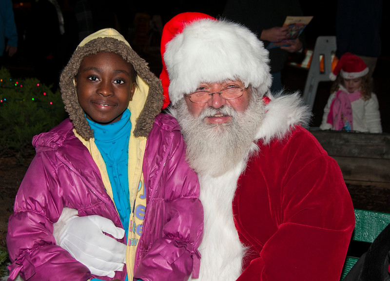 Santa_Visits_Lansdowne_10