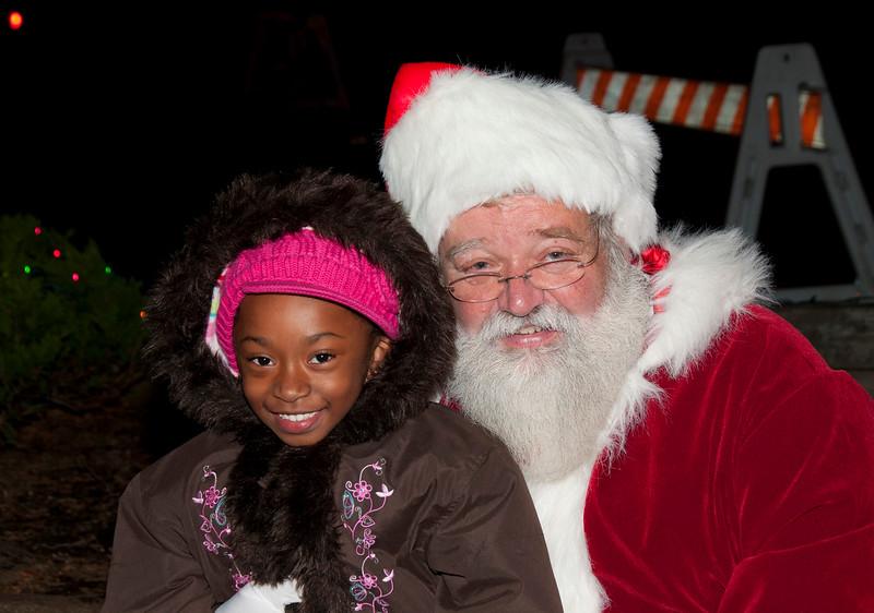 Santa_Visits_Lansdowne_33