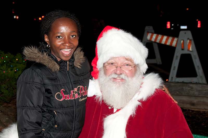 Santa_Visits_Lansdowne_26