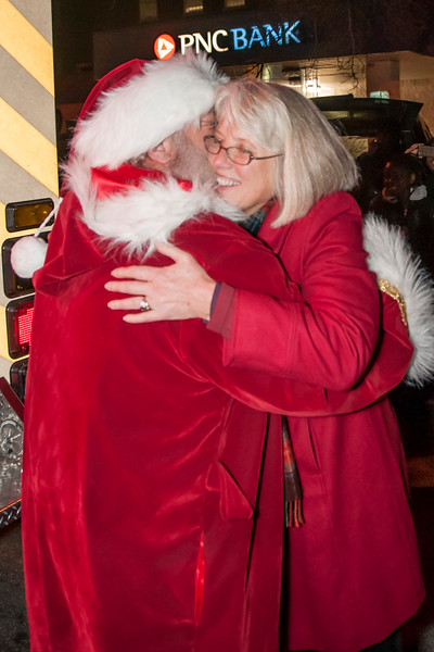 Santa_Lansdowne_2012_037