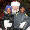 Santa_Lansdowne_2012_047
