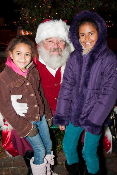 Santa_Lansdowne_2012_067