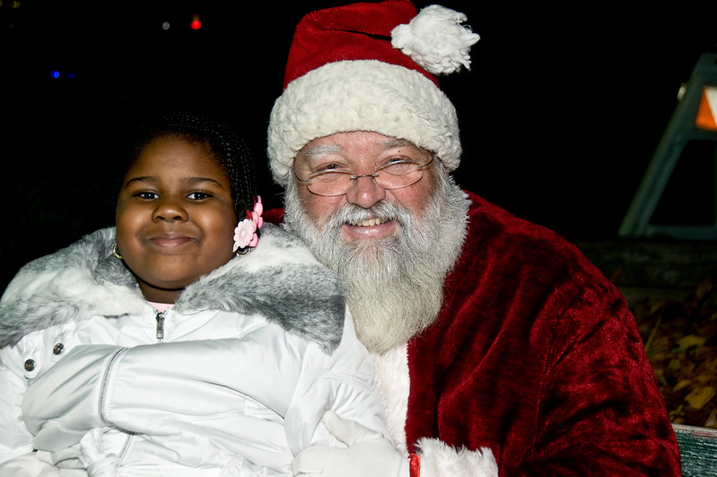 Kids_with_Santa_65