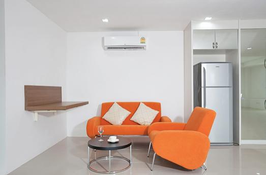 Lanta Loft small relaxing area