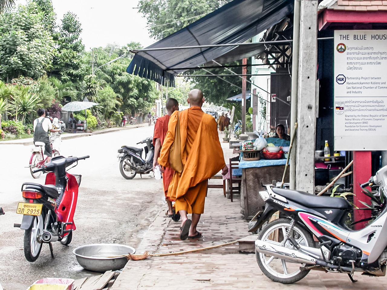 Luang Prabang, Laos 2002