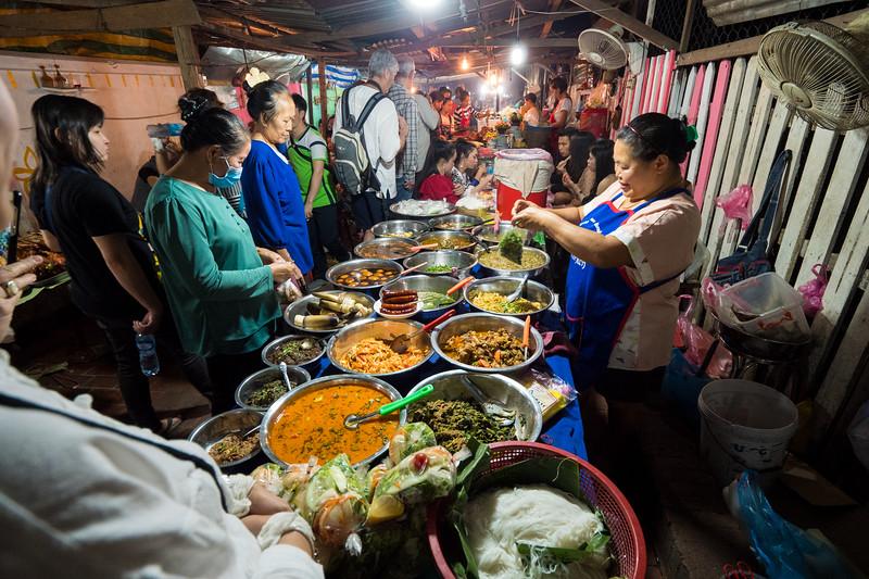琅勃拉邦街美食