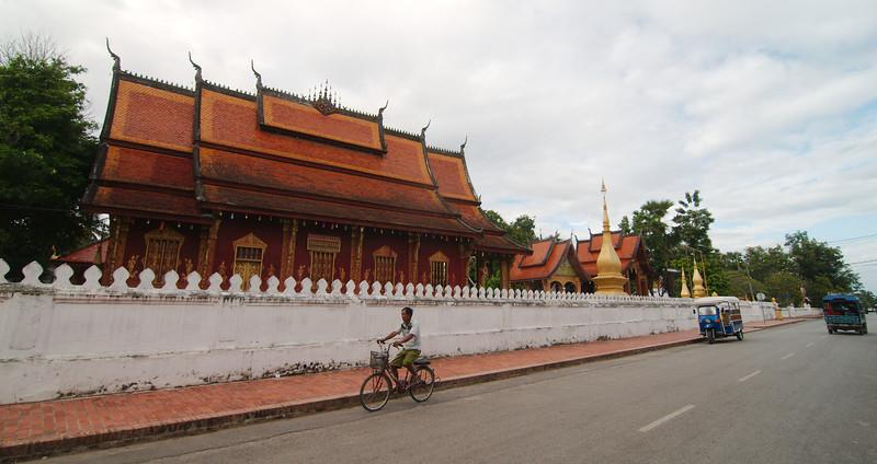 Outside Wat Nong Sikhounmuang