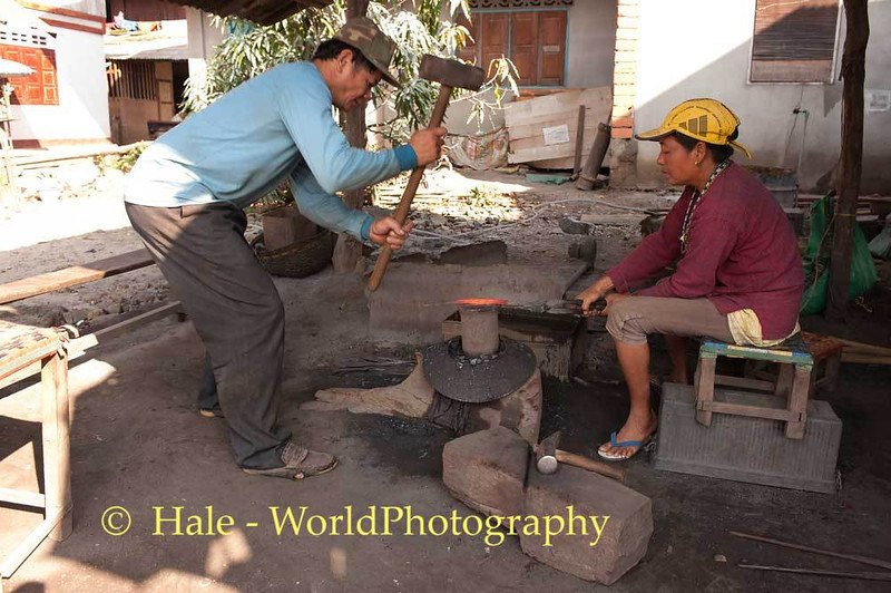 Husband and Wife Working In Ban Hat Hien