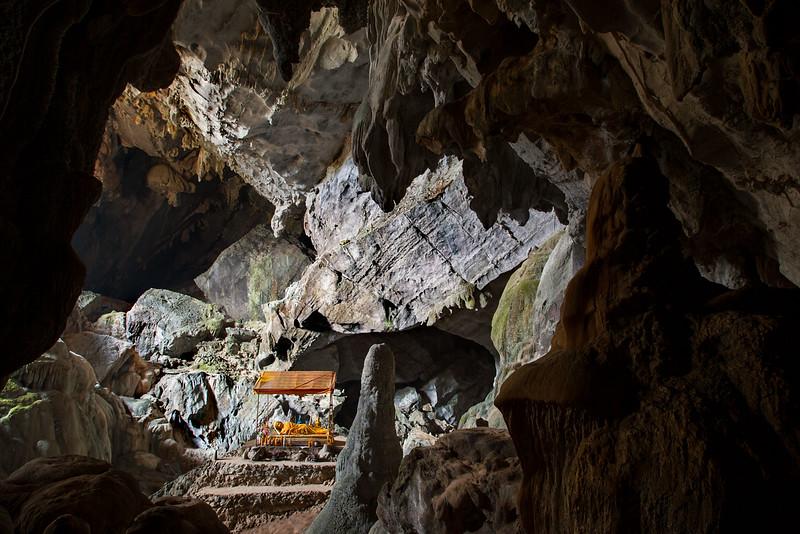 Vang Vieng caves, Tham Phu Kham.