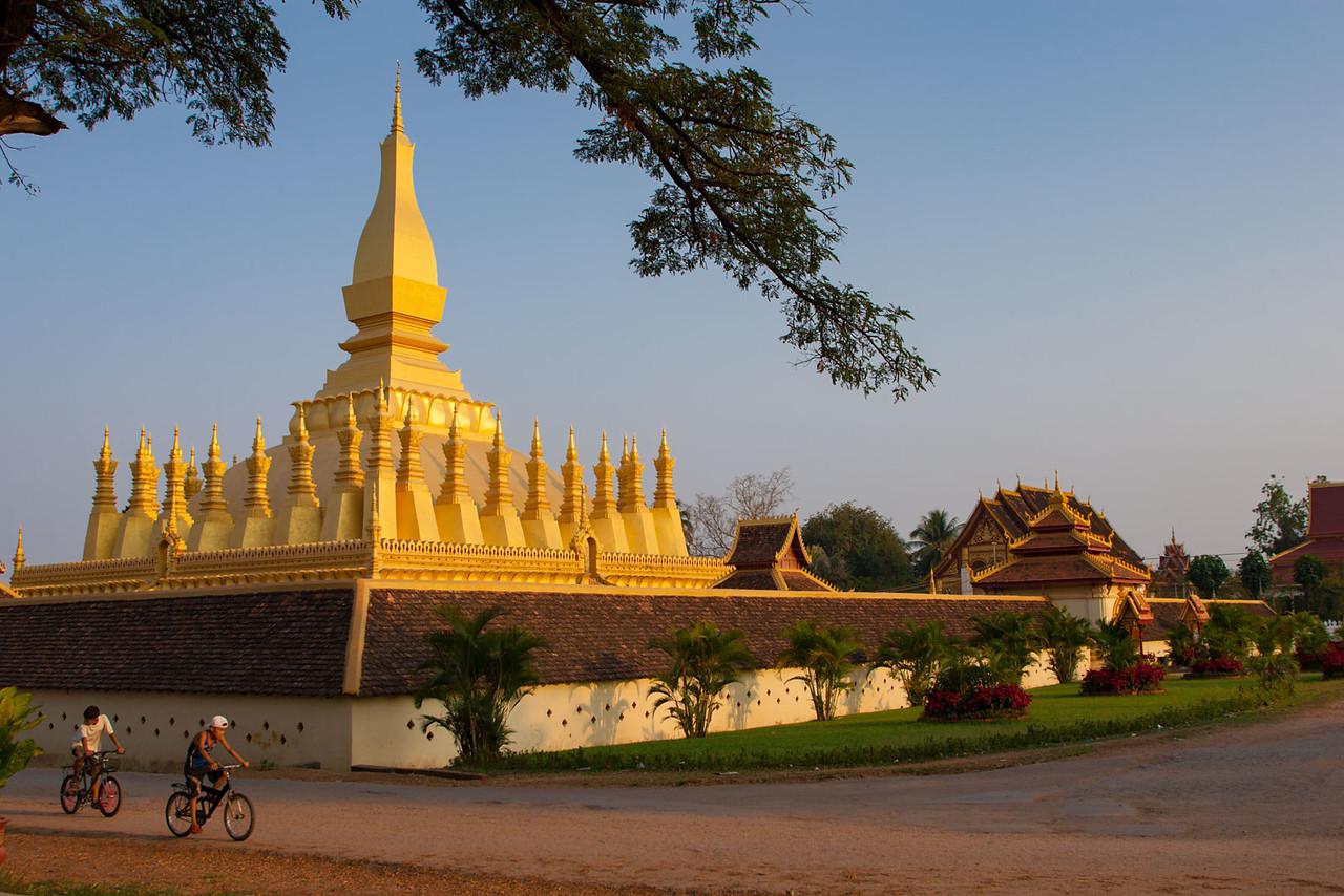 Pha That Luang. Vientiane.