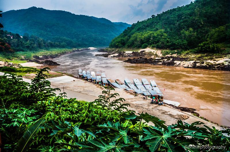 Slow Boat along the Meekong