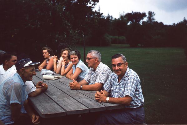 July 21, 1957. Anderson - Hoy Picnic at Wade House. Slide 255.