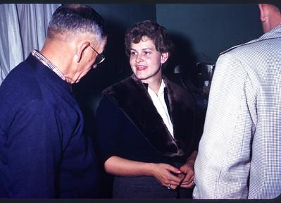 1960. Slide 60-733.