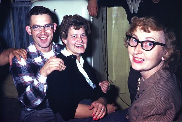 1960. Slide 60-737.