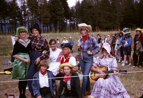 1965 - Round Up -California Settlement - Slide 65-1349.