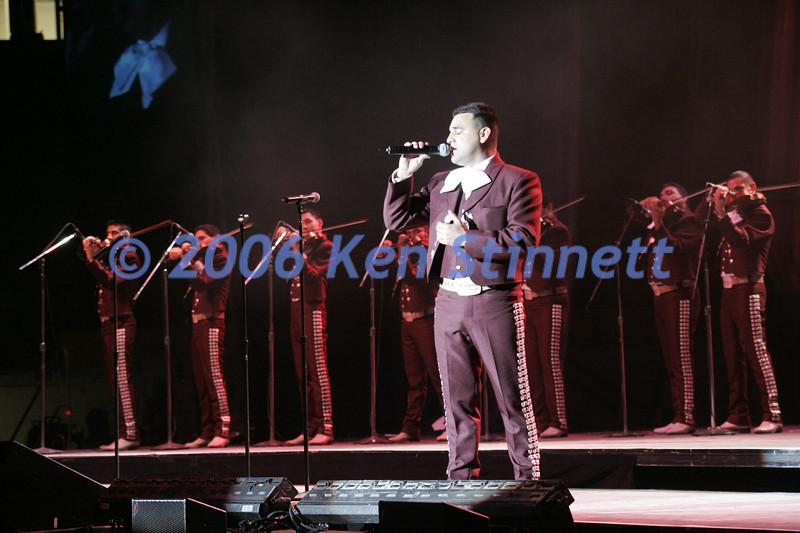 06-08 Showcase 394