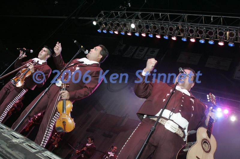 06-08 Showcase 350