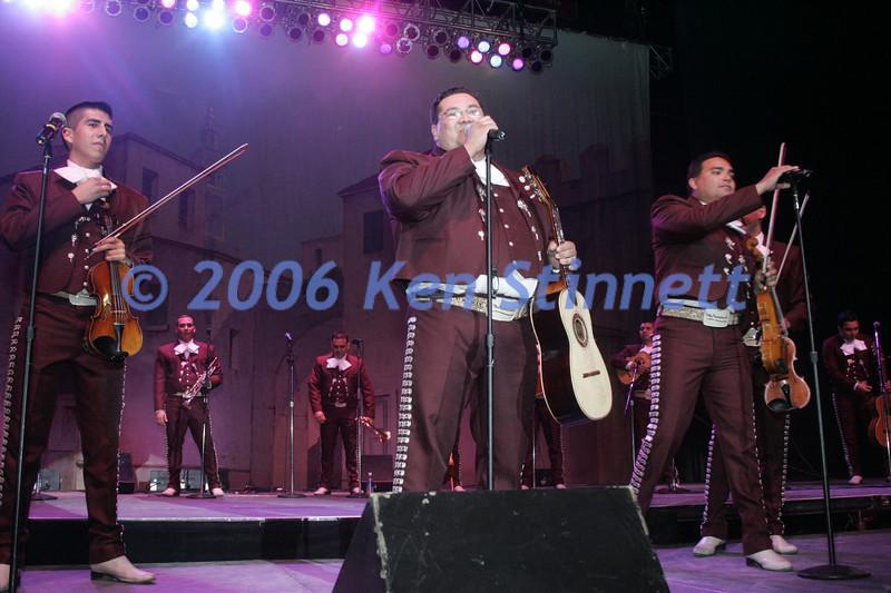 06-08 Showcase 365