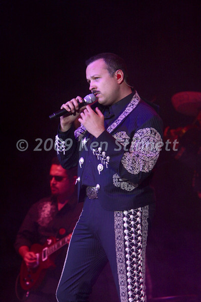 09-10 Pepe Aguilar-6340
