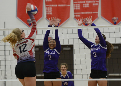 Las Plumas hosts cross town rival Oroville High School volleyball Thursday September 28, 2017 at in Oroville, California. (Emily Bertolino -- Mercury-Register)