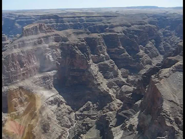 Another video of the Grand Canyon from helicopter