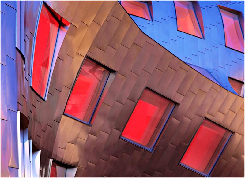 File  #  Las_002 /  2012  /  The Lou Ruvo Center