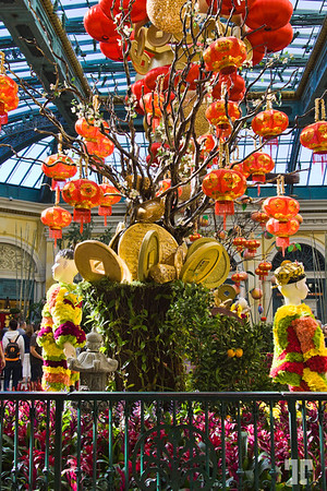 Chinese kids made out of fresh cut flowers and lucky coins at the Chinese New Year of the Monkey 2016 celebration - Bellagio Gardens and Conservatory, Las Vegas #ChineseNewYearLasVegas #BellagioLasVegas