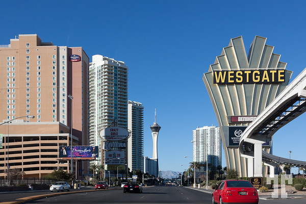 Westgate hotel sign of the strip