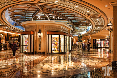 winter-decorations-vegas-palazzo-shoppes