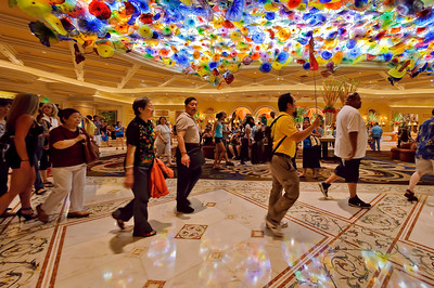 An Asian tour group arrives at the Bellagio