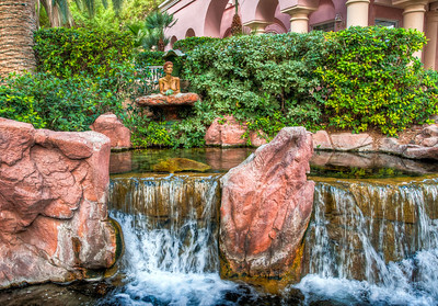 flamingo-waterfall