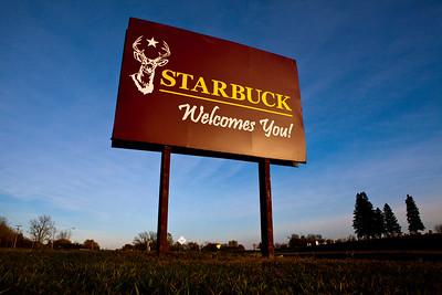 Starbuck MN_8592