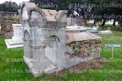 St James Catholic Church Cemetery, St James, La 012817 021 Mire